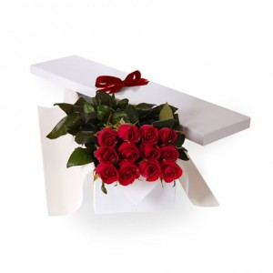 18-red-roses-in-a-box