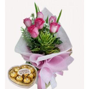 6 pink Ecuadorian roses with heart shape Ferrero chocolates