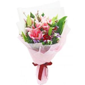 Pink Stargazer Bouquet