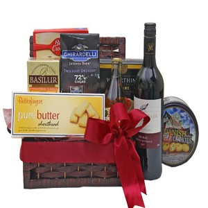 special-wine-with-nibble-gift-basket