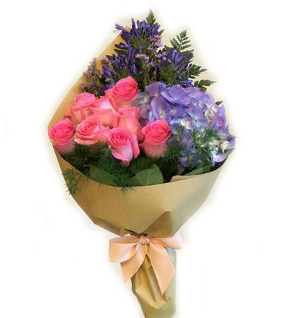 mixed flowers bouquet